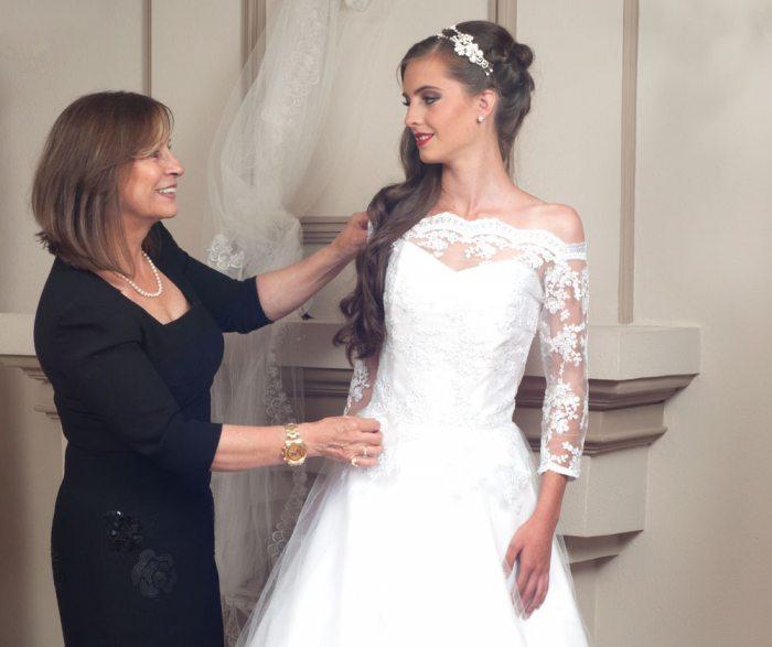 el diario - lupe mendizábal innova diseños en vestidos de novia