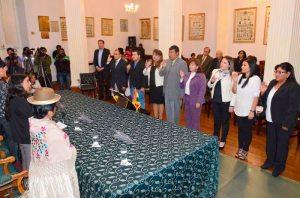 Legislativo posesiona a vocales electorales de Tarija