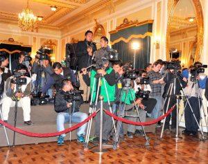"""Morales anunció """"batallar contra mentira de medios""""  Nueva embestida a trabajo periodístico"""