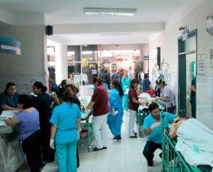 Trabajadores en salud se declararon en emergencia